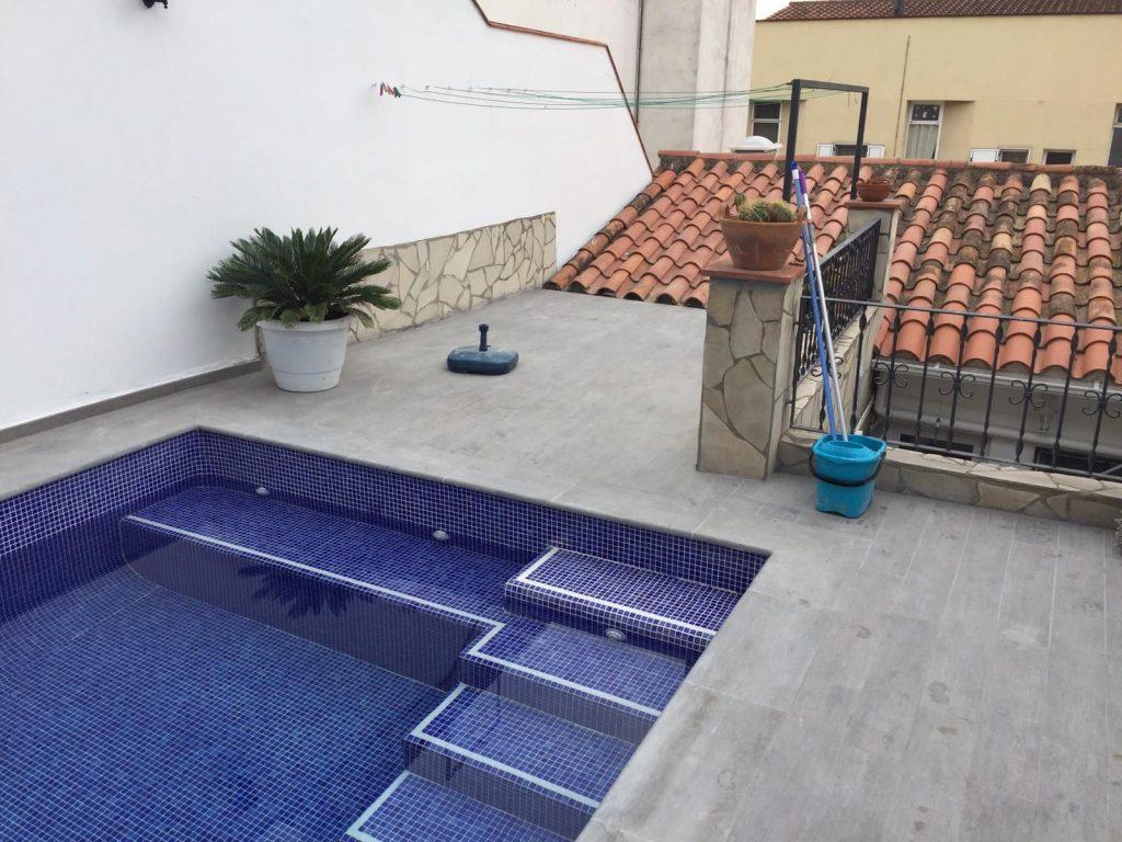 Arquitectos piden extremar precauciones antes de instalar piscinas en terrazas y azoteas