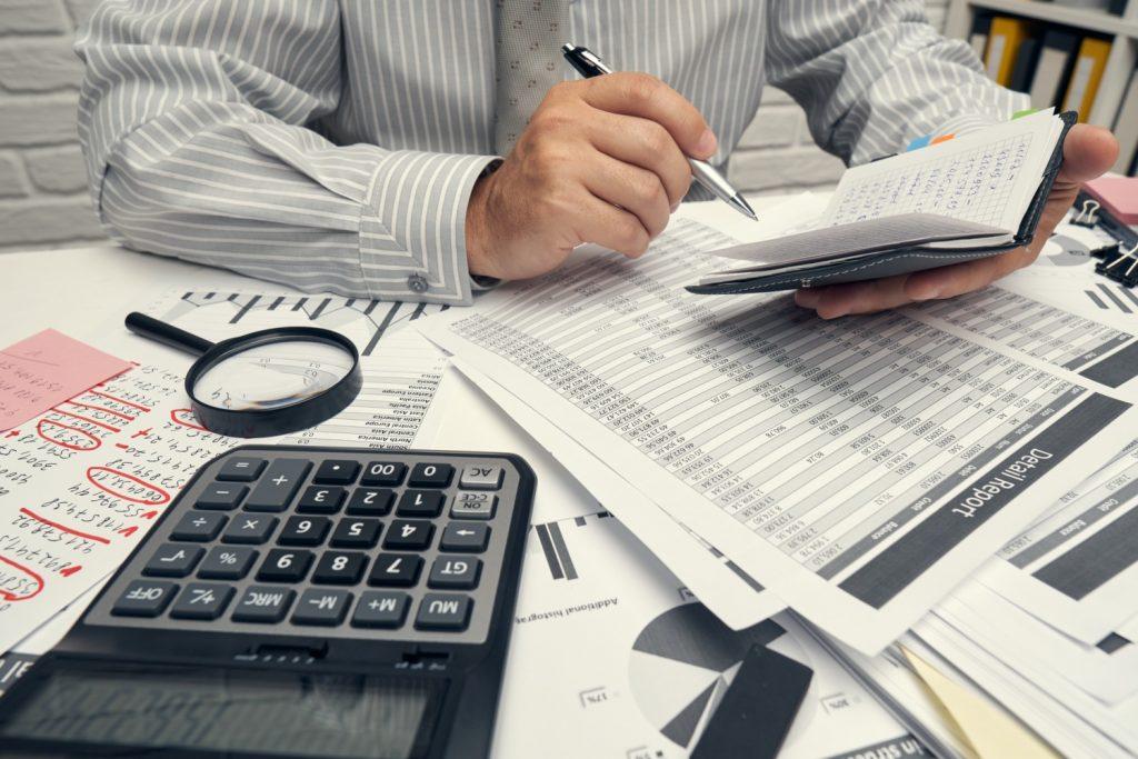 Cómo aplicar (y cuándo) el IRPF a tu factura de autónomo