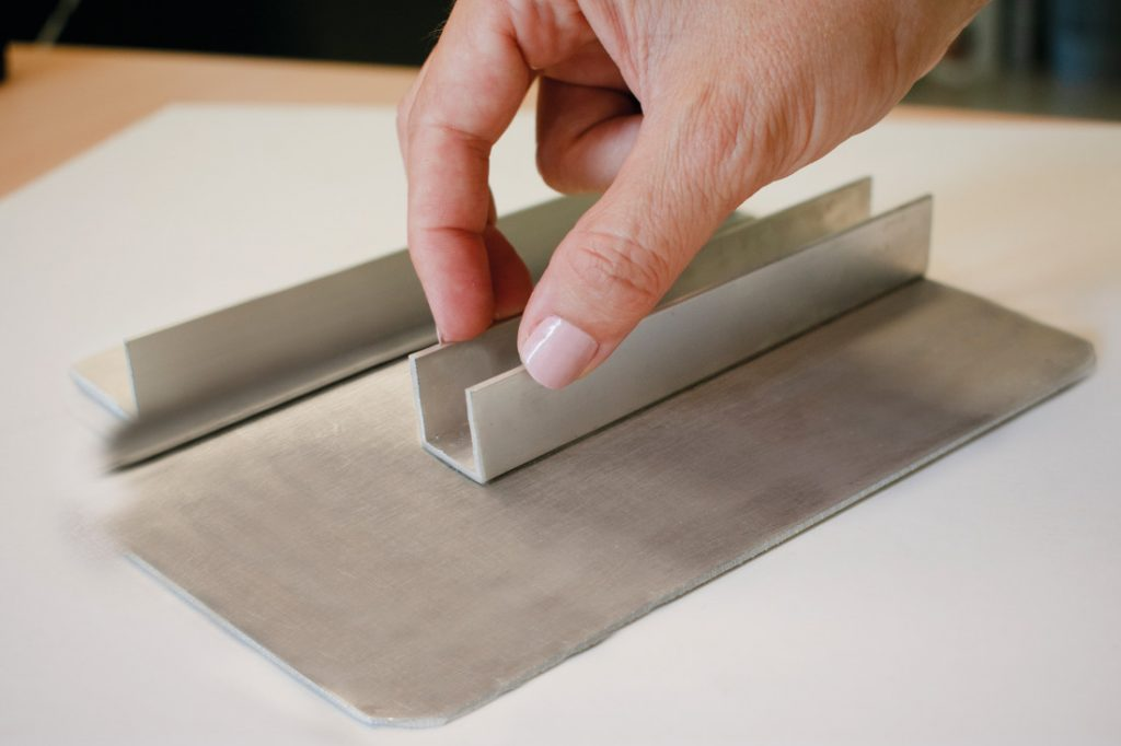 3 ventajas al usar cinta de doble cara a nivel profesional