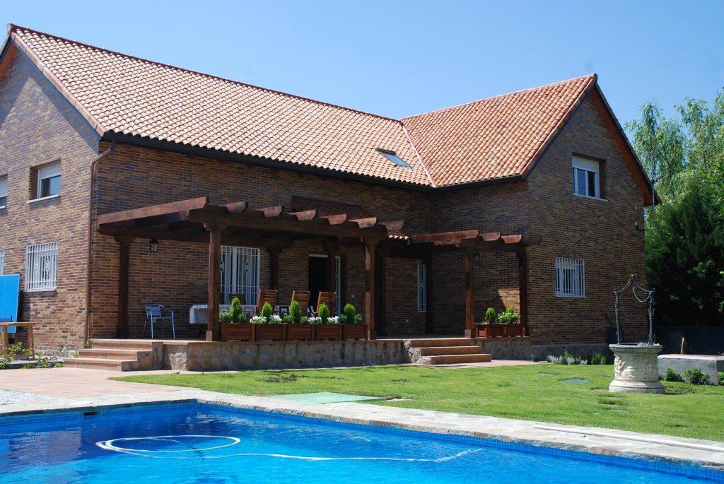 La teja cerámica: la solución más sostenible para la rehabilitación energética de la cubierta